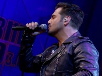 Bustamante lanza un disco sorpresa con sus grandes éxitos para celebrar sus 20 años de trayectoria musical