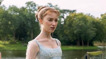 Phoebe Dynevor como Daphne Bridgerton