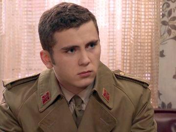 Avance 'Amar es para siempre': Manolín se sincera con su familia sobre su relación con Emma