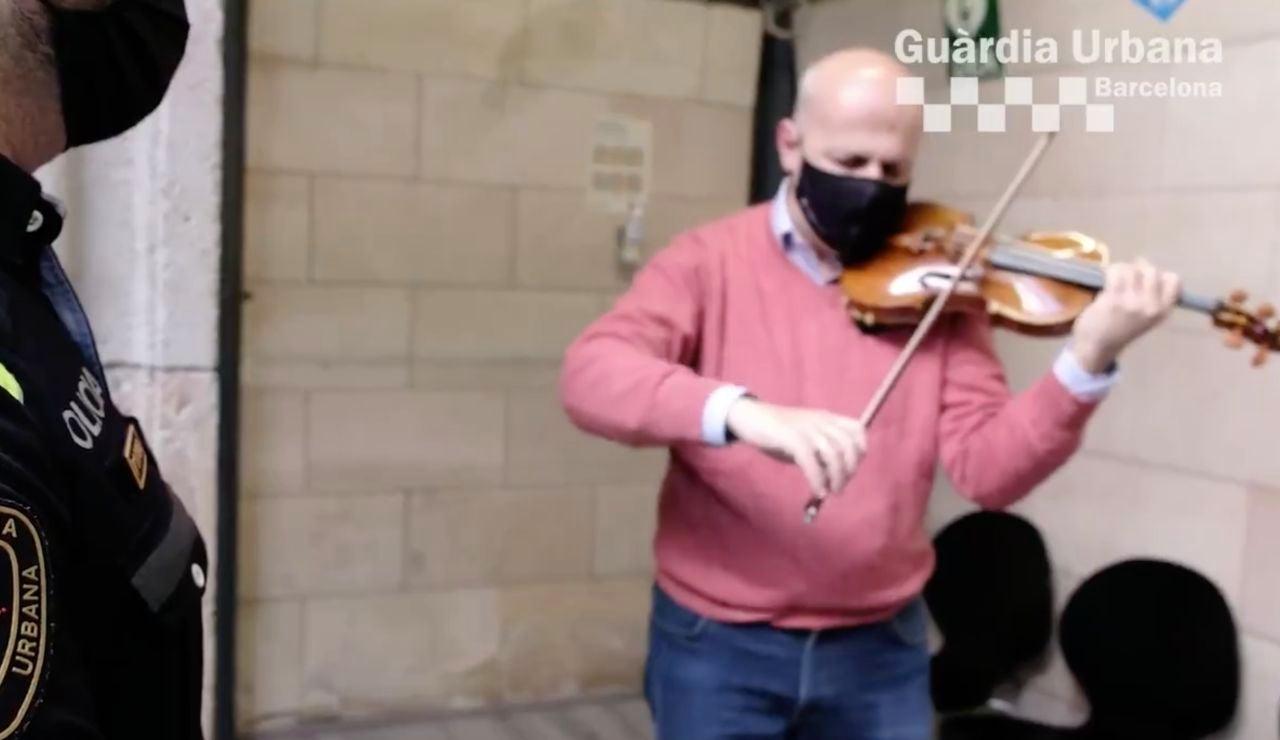 Barcelona: Recuperan un violín robado a un director de orquesta valorado en 200.000 euros en el Raval