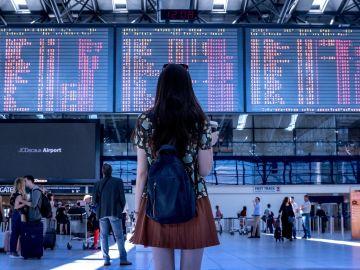 ¿De qué países vienen los turistas que viajan a España en 2021?