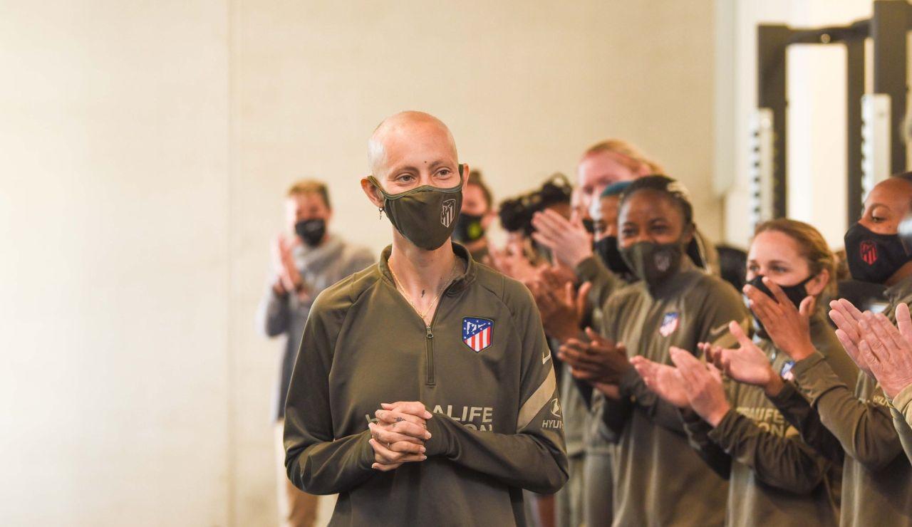 Virginia Torrecilla vuelve a entrenar con el Atlético de Madrid 10 meses después de su operación de un tumor cerebral
