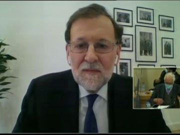 """Mariano Rajoy niega la existencia de la caja B del PP: """"En mis 40 años de militante no he escuchado hablar de ello"""""""