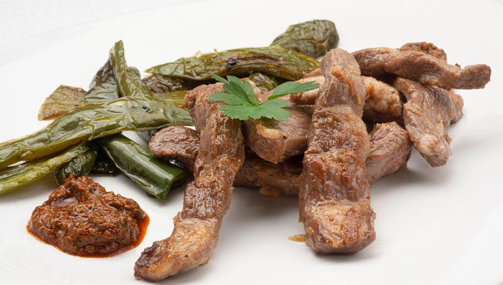 """La receta """"sencilla, barata y rica"""" de Arguiñano: lagarto al ajillo con mojo"""