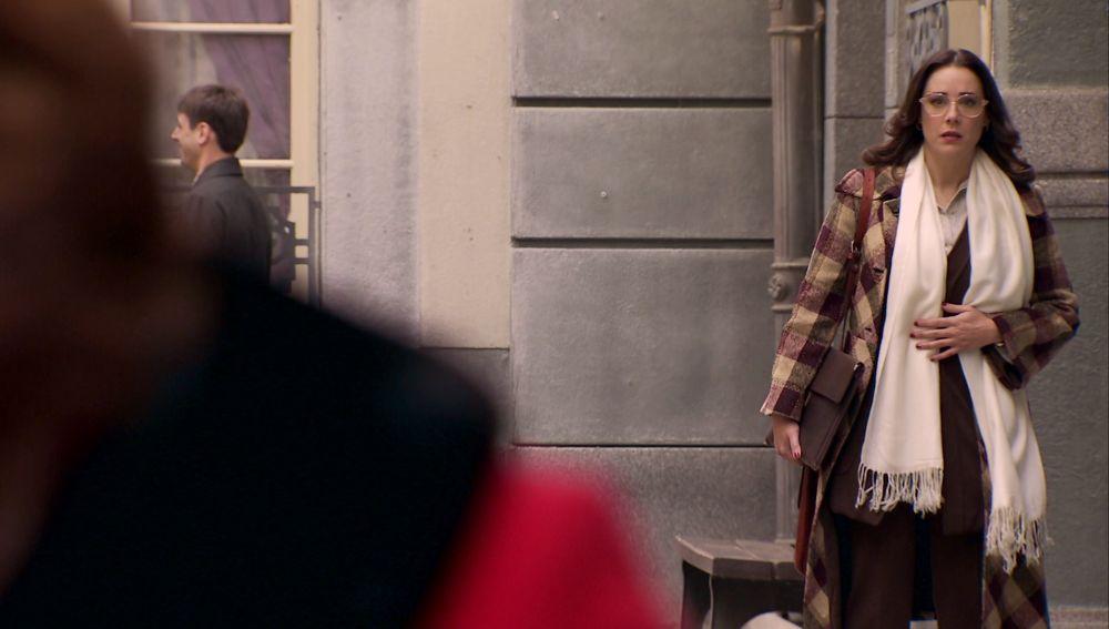 Cristina cree haber descubierto la identidad del amante de su madre