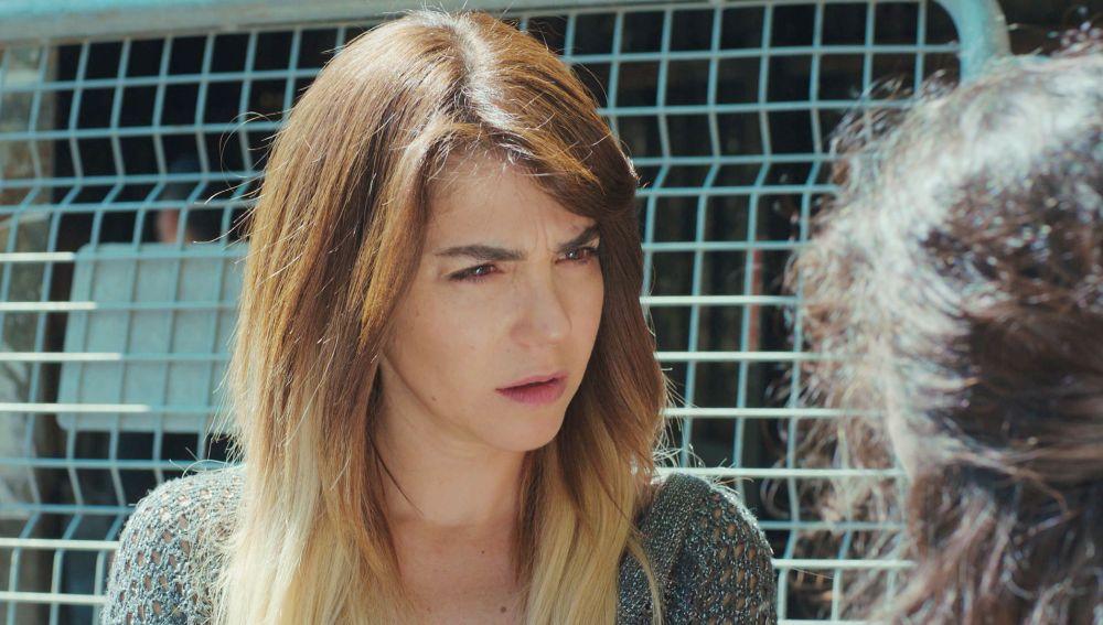 Ceyda recibe una inesperada ayuda que le hará replantearse su futuro