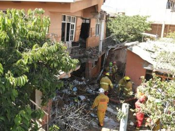 Imagen de la casa en la que impactó la avioneta militar
