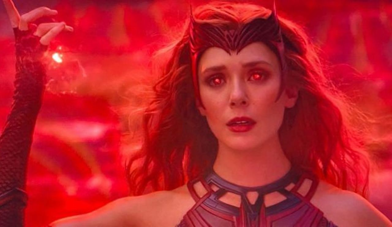 Elizabeth Olsen como Bruja Escarlata en 'WandaVision'