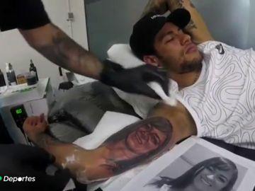 Un estudio revela que los tatuajes podrían afectar al rendimiento de los deportistas