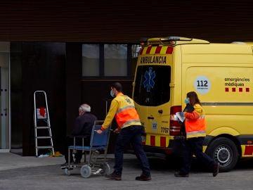 Cataluña mantiene las restricciones en Semana Santa y el horario del toque de queda