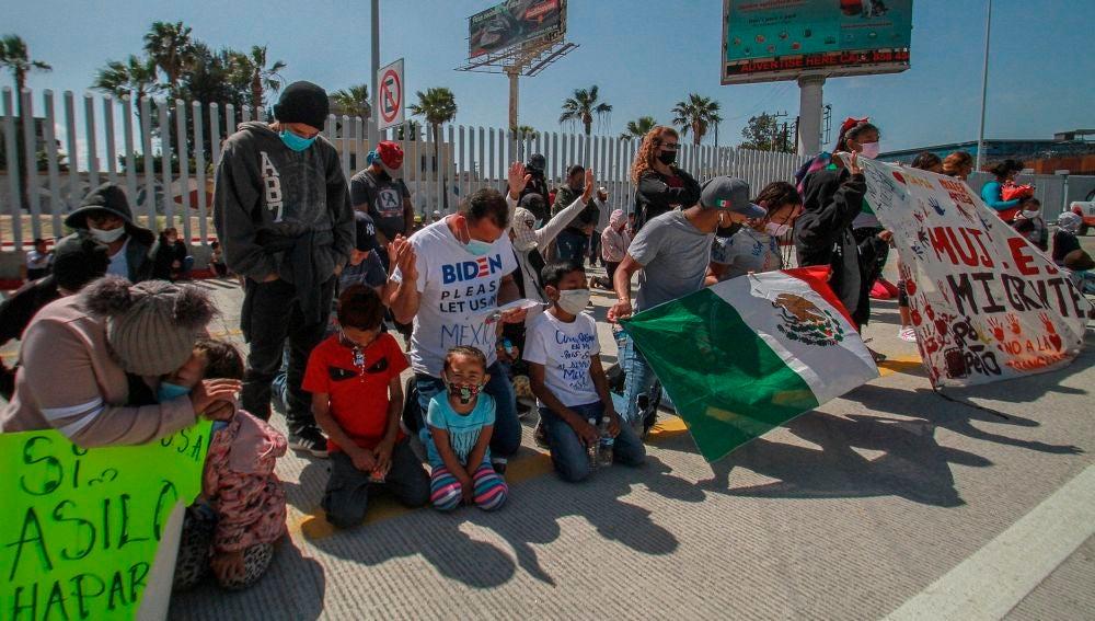 Protestas en la frontera entre Estados Unidos y México