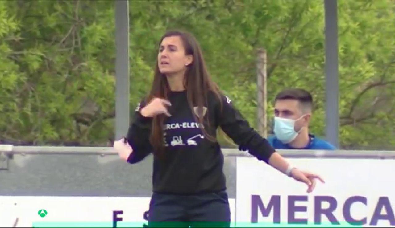 Luri Sorroche, entrenadora de fútbol