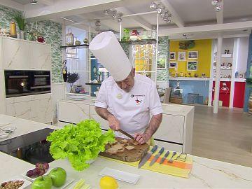 Pan crujiente casero en la ensalada: Arguiñano sabe cómo hacerlo