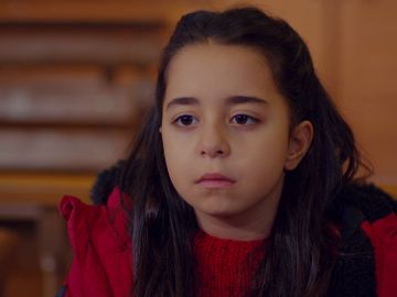 """La inesperada respuesta de Öykü al juez sobre con quién quiere vivir: """"Con ella"""""""