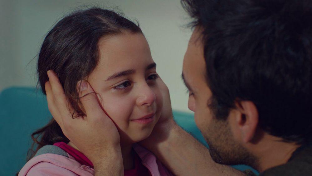 La reacción de Demir y Öykü ante la prueba de paternidad