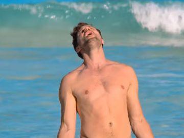 Jamie Dornan en 'Barb and Star go to Vista del Mar'