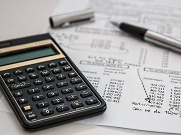 ¿Cuánto tiempo tarda Hacienda en devolver el dinero de la declaración de la Renta?