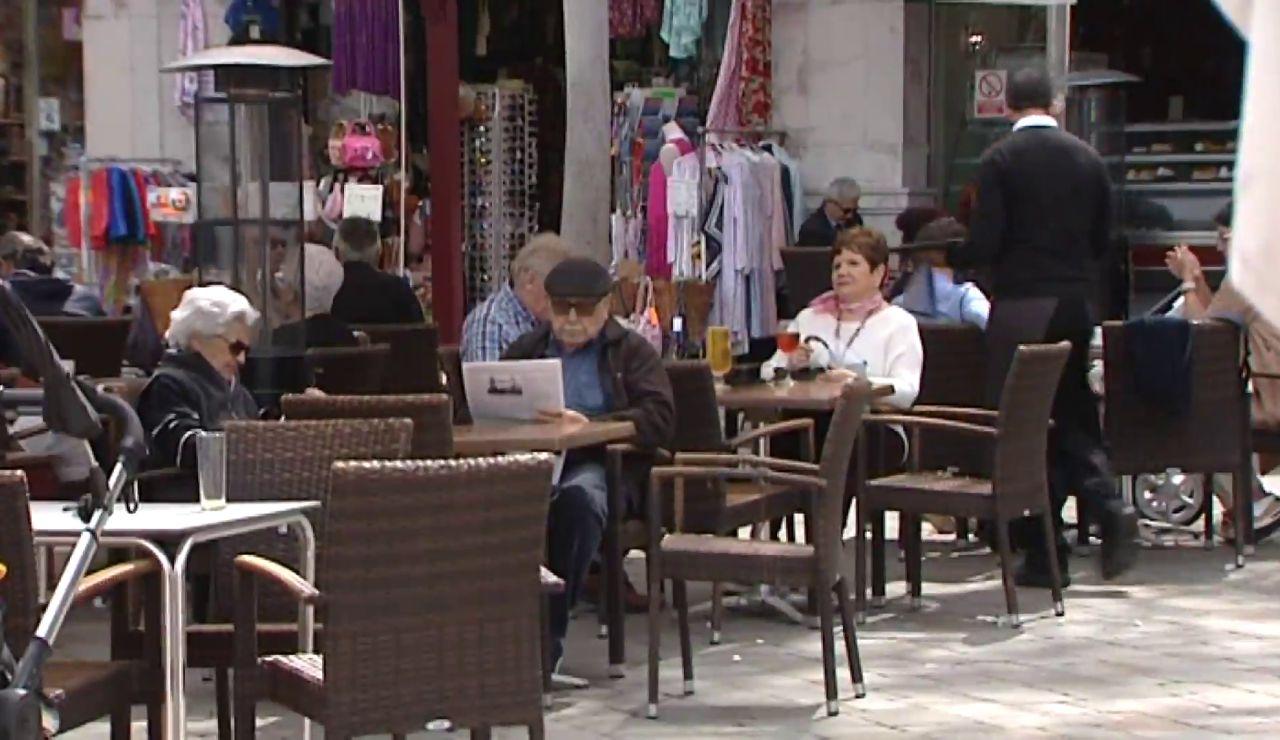 Normalidad en Gibraltar gracias a un rápido proceso de vacunación