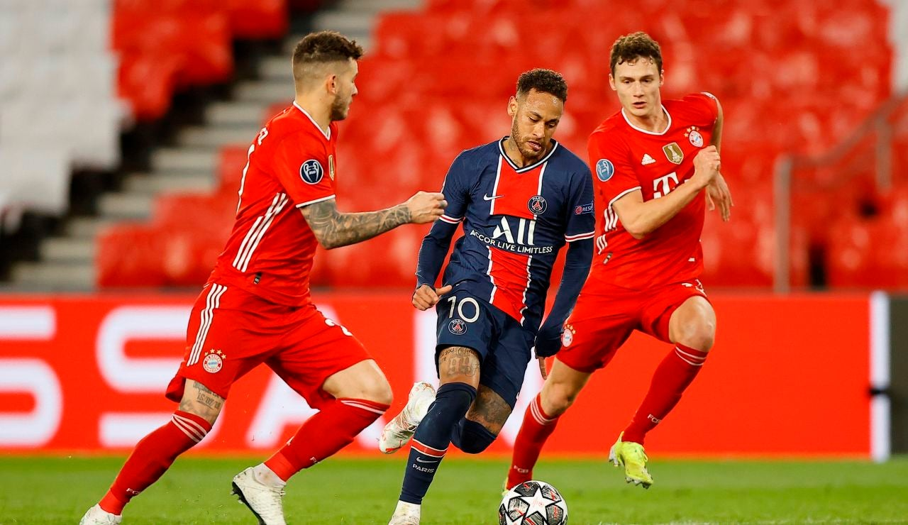 Neymar, durante el partido ante el Bayern