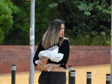 Lorena Gómez, con su hijo