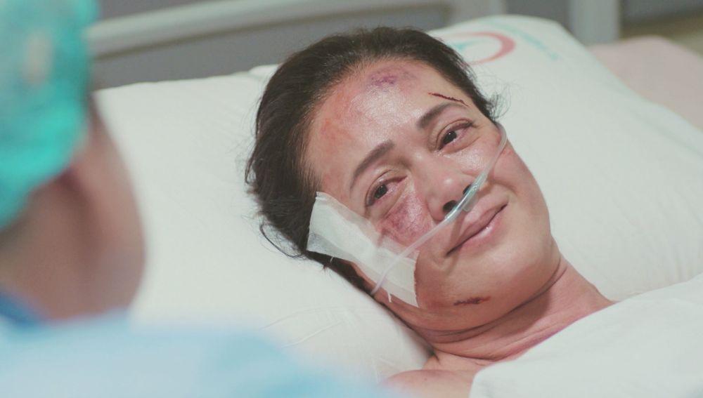 Enver, incapaz de aguantar las lágrimas con Hatice en 'Mujer'