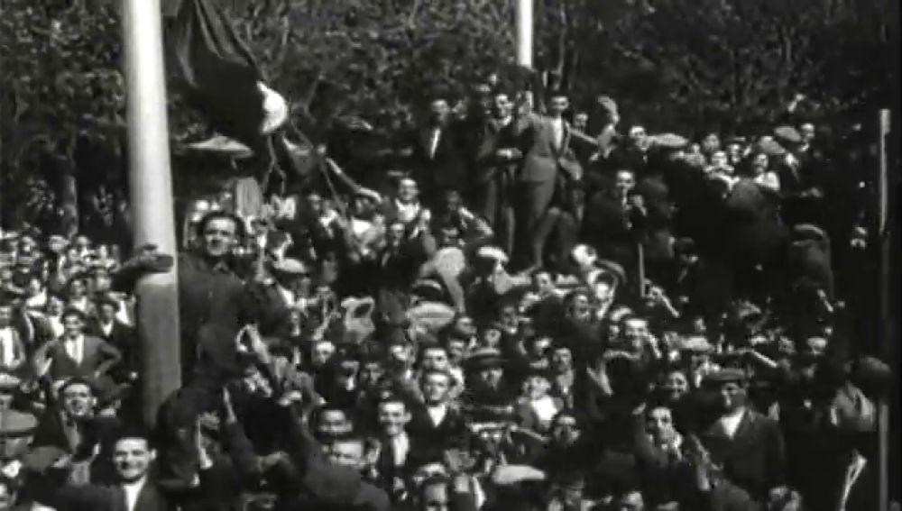 90 años desde que España proclamó la Segunda República e izó la bandera tricolor