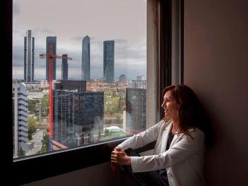 """Mónica García pide """"perrear"""" para cerrar una entrevista sobre las elecciones de Madrid"""