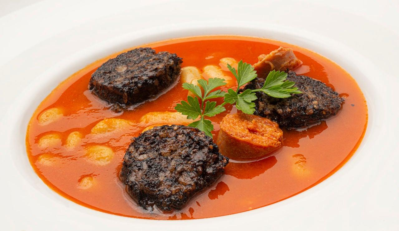 """Receta de fabes con morcilla y chorizo """"fácil de cocinar"""", de Karlos Arguiñano: """"En 12 minutos están listas"""""""