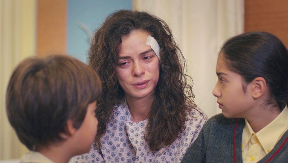 Bahar trata de explicar a Nisan y Doruk la muerte de Hatice