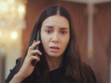 Piril recibe una llamada de Bahar con las malas noticias sobre Sarp