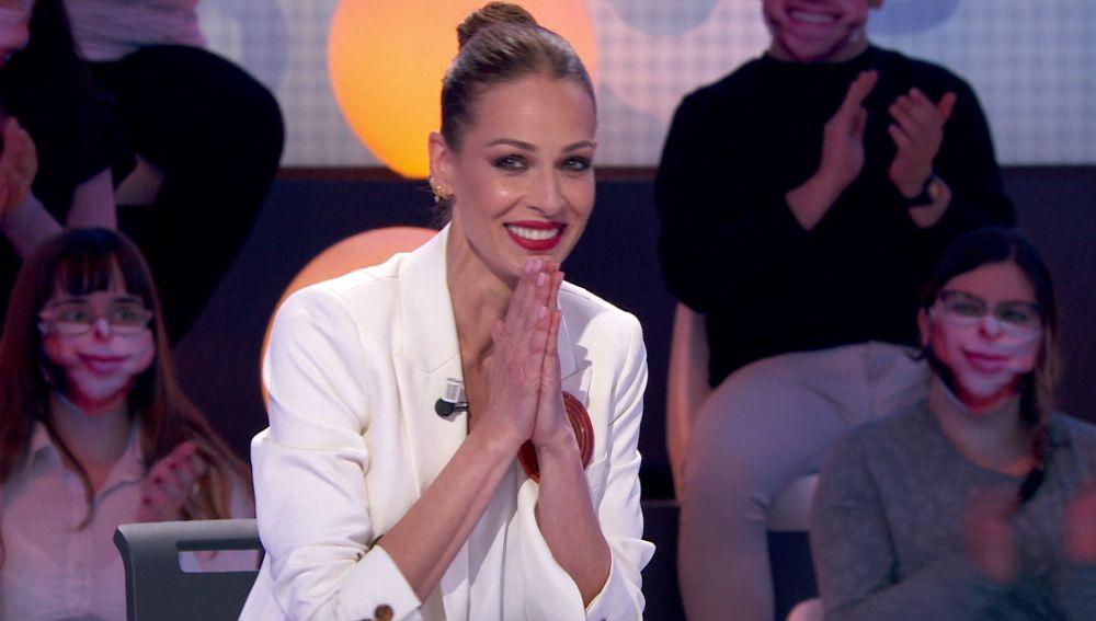 ¿Sentimientos enfrentados? Emocionada, pero agobiada: así ha reaccionado Eva González a su pleno en 'Una de Cuatro'