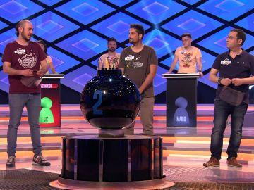 Juanra Bonet se interesa por conocer a 'Los rudos', equipo que eliminó a 'Los dispersos' en '¡Boom!'