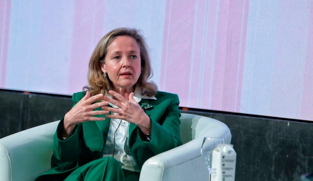 """Nadia Calviño asegura que  que """"de ninguna manera"""" se subirán impuestos a corto plazo"""
