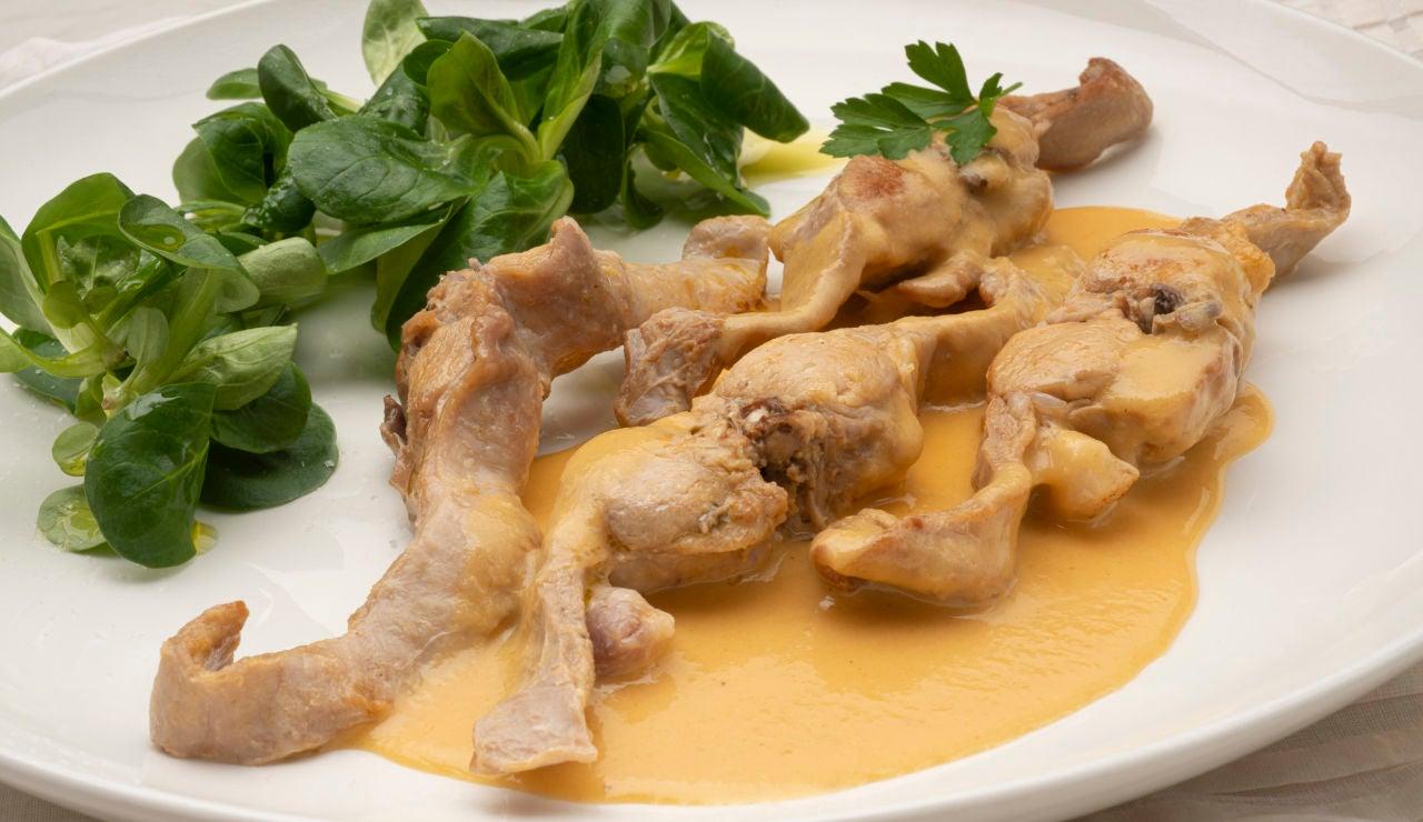 Medallones de conejo en salsa de cítricos
