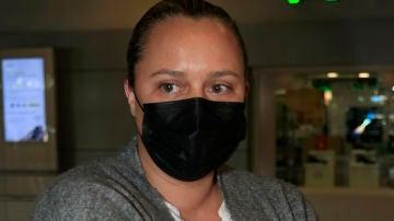 Shaila Dúrcal, en el aeropuerto de Madrid