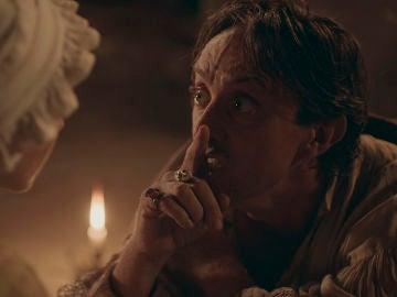 """Clara encuentra al Rey en estado de locura: """"La Corona no me pertenece"""""""