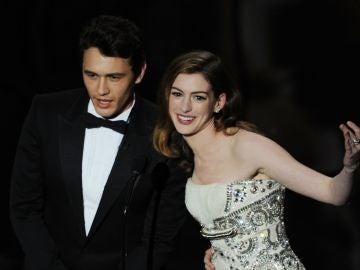 James Franco y Anne Hathaway en los Oscar