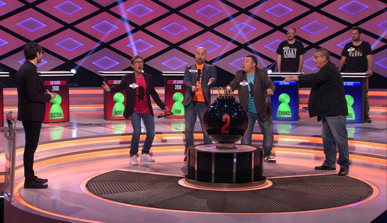 ¡Recién salidos de la murga! 'Los ciegos' se lanzan con un canto personalizado en '¡Boom!'