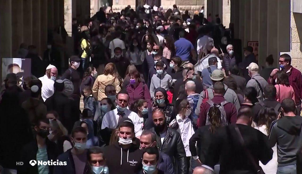 Israel anuncia que la mascarilla no será obligatoria al aire libre a partir del domingo
