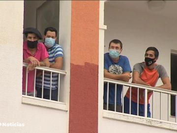 Un grupo de 25 esquiladores uruguayos, sospechoso de estar contagiados de la cepa brasileña, aislados en Badajoz