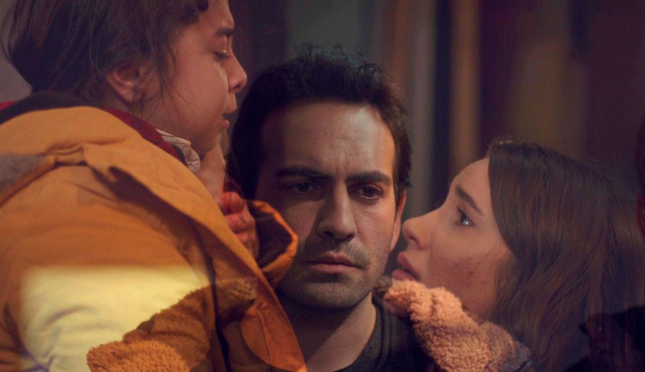 """Demir condena su vida salvando la de Öykü: """"He venido a entregarme"""""""