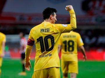 Leo Messi celebra uno de sus goles ante el Athletic en la final de la Copa del Rey
