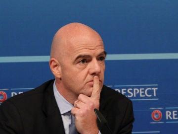 """La UEFA y la FIFA anuncian represalias contra la Superliga: """"Es una liga separatista europea cerrada"""""""