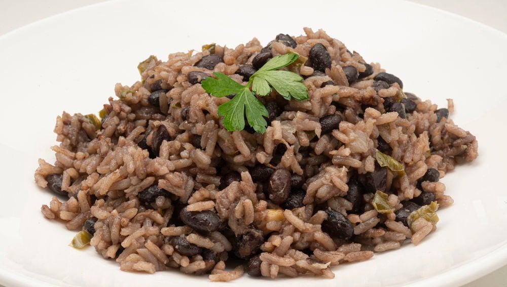 La receta cubana de Karlos Arguiñano: arroz congrí