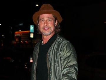 Brad Pitt, fotografiado por la prensa