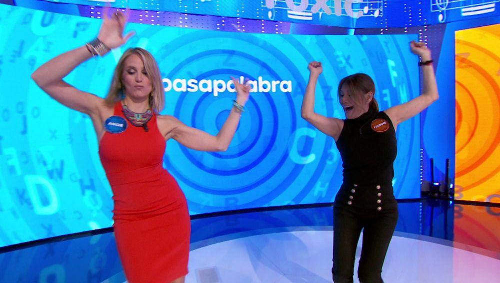 """Ivonne Reyes y Angie Rigueiro se desatan con 'Toxic': """"Estoy siendo sexy"""""""