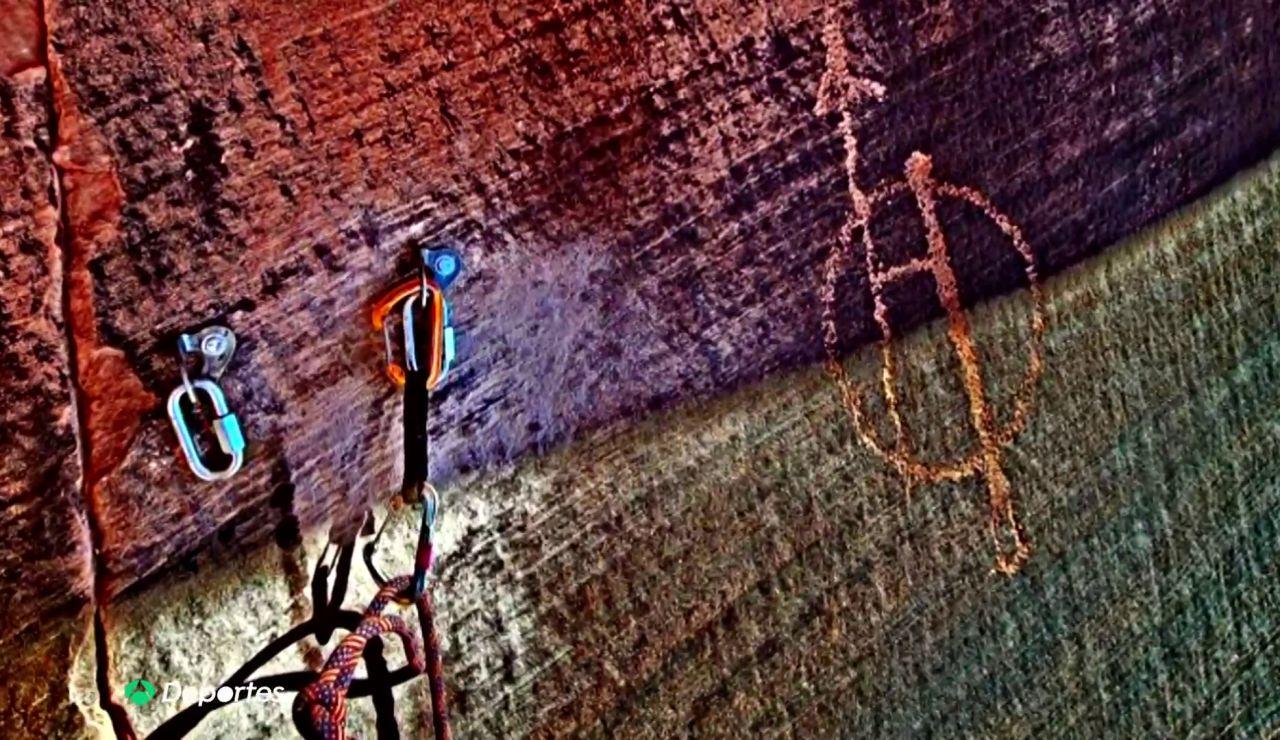 La polémica vía de escalada abierta por Richard Gilbert sobre unos petroglifos amerindios de más de 10 siglos de antigüedad