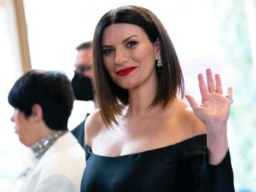 Laura Pausini en los Premios Oscar 2021