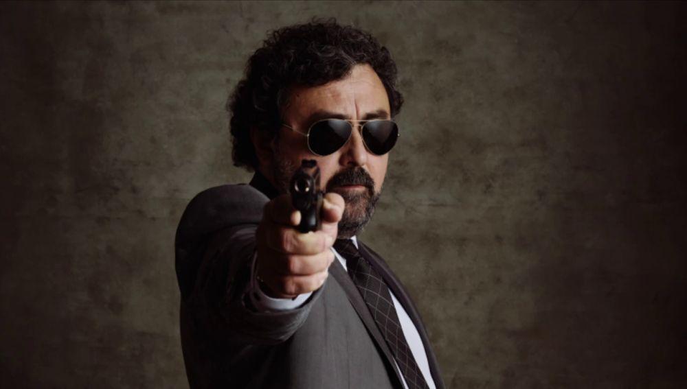 Paco Tous, como nunca le habías visto en el rodaje de 'Los hombres de Paco'