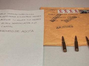 La carta con cartuchos de bala que recibió Pablo Iglesias